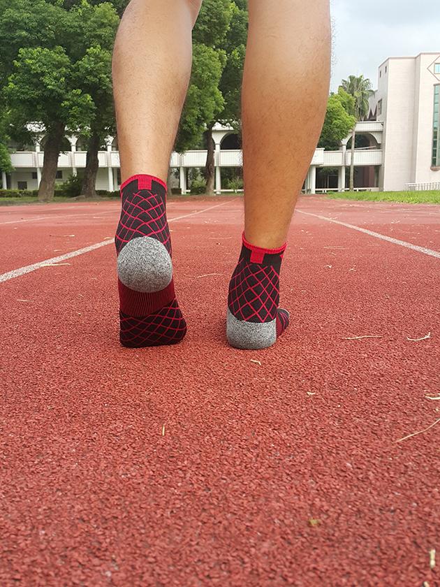 TRUST ME  3D科技抗菌1/2壓力運動襪 [專業競技版 ] 8