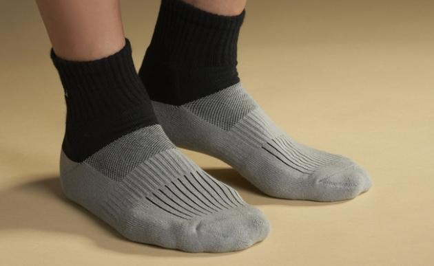 B009  asali  炭纖維消臭環護足弓機能運動襪[終極版] 2